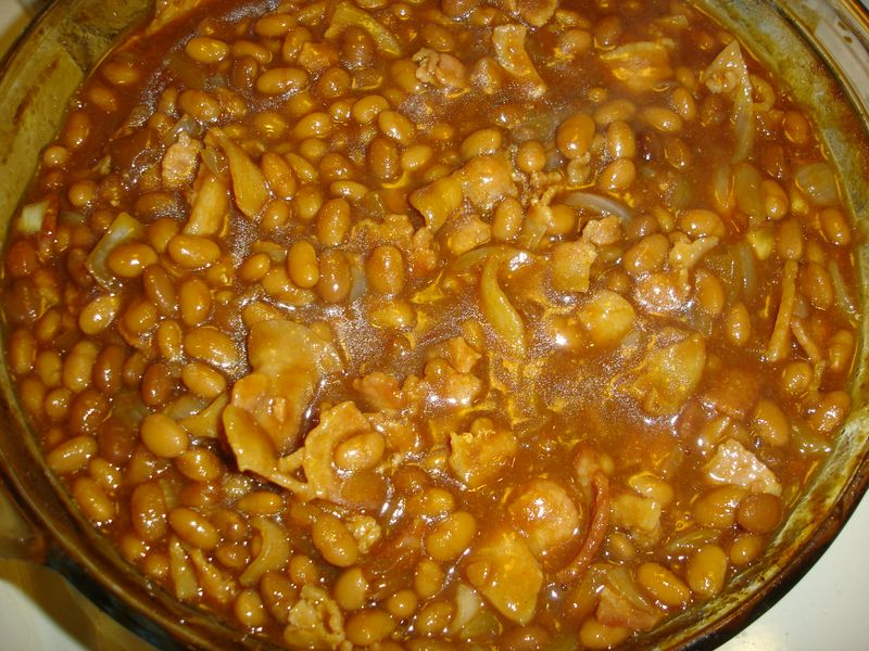 Pork Chops & Chicken: Baked Beans With Maple Bacon